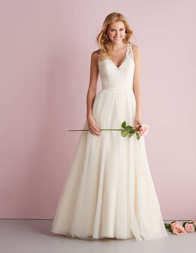 Delcy bridal gown