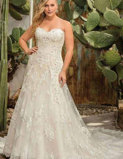 Casablanca wedding gown