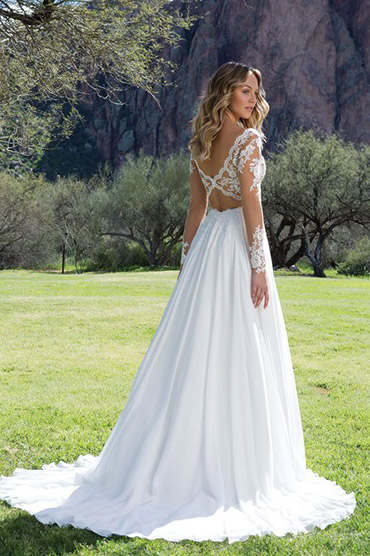 Justin Alexander Sweetheart wedding gown