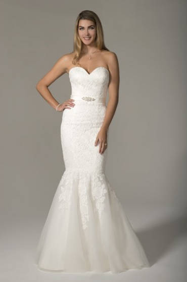 Venus Bridal wedding gown